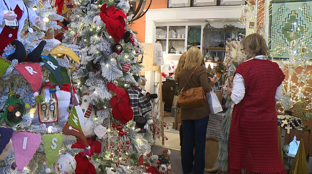 Businesses Open On Christmas Day 2020 Local businesses host holiday open house for residents   WBBJ TV